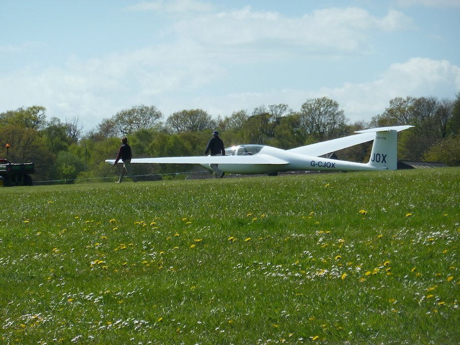 gliding cootham sussex