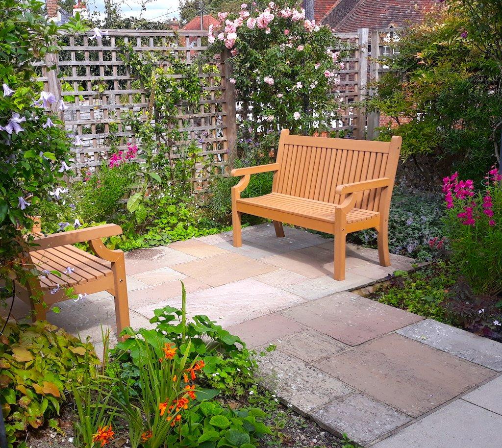 rosebud cottage garden steyning